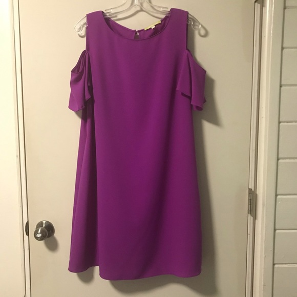 Gianni Bini Dresses & Skirts - Gianni Bini Cold Shoulder Purple Dress - M
